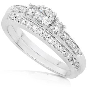 2/5ctw three stone round diamond wedding ring set in 14kt white gold (hi/i1-i2) - size 5