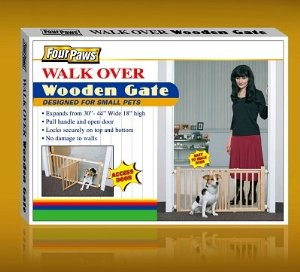 Brand New, FOUR PAWS PRODUCTS - WALK OVER WOODEN GATE (30-44
